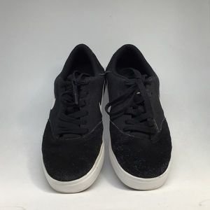 Nike Black and White Suede Skater Shoes 7Y/8.5W